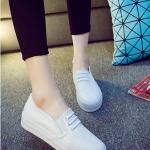 รองเท้าผ้าใบแฟชั่นเกาหลีสีขาว พื้นหนา พื้นสีขาว แบบสวม สวมใส่สบาย แบบเชือกผูก สวยงามมาก