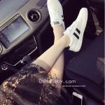 รองเท้าผ้าใบผู้หญิงสีขาว แบบเชือก ทรงคลาสสิค ดูดี ฮิตตลอดกาล แฟชั่นเกาหลี