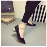 รองเท้าทำงานผู้หญิงสีดำ หัวแหลม ประดับกากเพชร ส้นสูง4ซม. แฟชั่นเกาหลี