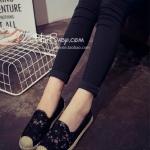 รองเท้าผ้าใบผู้หญิงสีดำ ลายลูกไม้ ส้นแบน ดูดี แฟชั่นเกาหลี