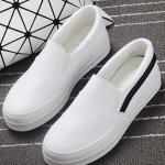 รองเท้าผ้าใบแฟชั่นผู้หญิงสีขาว แถบสีดำ วัสดุหนัง พื้นหนา ทรงทันสมัย แบบสวม แฟชั่นเกาหลี