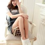 รองเท้าผ้าใบผู้หญิงสีขาว หนังPU แบบเชือกผูก ส้นเตี้ย สวมใส่สบาย สไตล์แฟชั่นเกาหลี