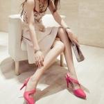 รองเท้าส้นสูงสีแดง รัดส้น หัวแหลม ออกแบบสายรัดเก๋ไก๋ ส้นเข็ม ส้นสูง8.5cm แฟชั่นเกาหลั