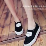 รองเท้าผ้าใบผู้หญิงสีดำ แบบสวม พื้นหนา สวมใส่สบายเท้า ทรงคลาสสิค ดูดี แฟชั่นเกาหลี