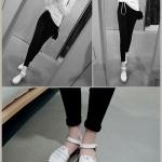 รองเท้าแตะผู้หญิงสีขาว รัดส้น ฉลุลาย สไตล์โรมัน ส้นแบน แนววินเทจ แฟชั่นเกาหลี
