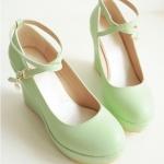 รองเท้าส้นเตารีดสีเขียว หุ้มส้น วัสดุPU มีเข็มขัดรัดข้อเท้า ส้นสูง8CM แฟชั่นเกาหลี