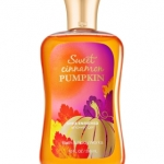 Bath & Body Works Sweet Cinnamon Pumpkin Shower Gel 295ml. เจลอาบน้ำ เนื้อเจลเข้มข้น กลิ่นหอมของชินนามอน กับฟักทอง ผสมกันให้กลิ่นเหมือนกลิ่นแอปเปิ้ล ผสมวนิลลาค่ะ