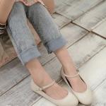 รองเท้าส้นแบนผู้หญิงสีเบจ หุ้มส้น ทรงสุภาพ นักศึกษา หรือใส่ทำงาน มีเข็มขัดรัดข้อเท้า แฟชั่นเกาหลี