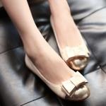 รองเท้าส้นแบนสีชมพู หุ้มส้น หัวแหลมทูโทน ประดับโบว์ ทรงตุ๊กตา น่ารัก สไตล์เจ้าหญิง แฟชั่นเกาหลี