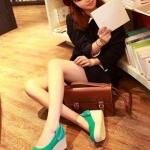 รองเท้าส้นเตารีดสีฟ้า หุ้มส้น วัสดุผ้า หลังส้นประดับโบว์ ส้นสูง7cm แฟชั่นเกาหลี