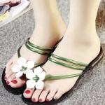 รองเท้าแตะผู้หญิงสีเขียว แต่งกุหลาบ แบบหนีบ เรียบง่าย เก๋ไก๋ แฟชั่นเกาหลี
