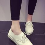 รองเท้าผ้าใบแฟชั่นสีขาว หัวแหลม แบบเชือกผูก วัสดุพียู สไตล์ญี่ปุ่น ทรงสุภาพ แฟชั่นเกาหลี