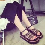 รองเท้ารัดส้นผู้หญิงสีดำ แบบเปิดนิ้ว ประดับสร้อยทอง แนววินเทจ แฟชั่นเกาหลี