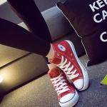รองเท้าผ้าใบแฟชั่นเกาหลีสีแดง หุ้มข้อ แบบเชือกผูก ทรงคลาสิค ฮิตตลอดกาล