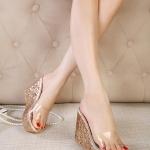 รองเท้าส้นเตารีดทรงมัฟฟิน แบบสวม เปิดส้น (สีทอง)