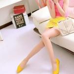 รองเท้าแฟชั่นส้นแบนสีเหลือง หัวแหลม หนังPU หุ้มส้น เท้าเรียว แฟชั่นเกาหลี