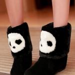 รองเท้าบูทผู้หญิงสีดำ หนังกำมะหยี่ แต่งขนสัตว์การ์ตูนหมีแพนด้า แนวแฟนซี น่ารัก แฟชั่นเกาหลี
