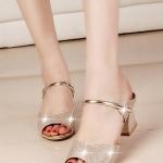 รองเท้าแตะผู้หญิงสีทอง แบบสวม ส้นสูง สายคาดรัดกระชับเท้า สวยไฮโซ แฟชั่นเกาหลี