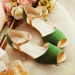 รองเท้าแตะผู้หญิงสีเขียว รัดส้น หนังไมโครไฟเบอร์ ส้นเตี้ย มีเข็มขัดรัดข้อเท้า หวาน สไตล์แฟชั่นเกาหลี