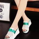 รองเท้าส้นเตารีดสีเขียว แบบสวม เปิดส้น หัวเจาะลายดาว น่ารัก แฟชั่นเกาหลี