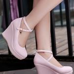 รองเท้าส้นเตารีดสีชมพู วัสดุPU กันน้ำ มีเข็มขัดรัดข้อเท้า ส้นสูง5-8CM แฟชั่นเกาหลี