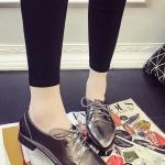 รองเท้าคัทชูผู้หญิงสีแชมเปญ หัวแหลม หนังแก้ว แบบเชือกผูก ทรงคลาสสิค เรียบง่ายดูดี แฟชั่นเกาหลี