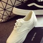 รองเท้าผ้าใบสีขาว ลำลอง ทรงมัฟฟิน พื้นหนา แบบเชือกผูก ทรงทันสมัย สวมใส่สบาย แฟชั่นเกาหลี