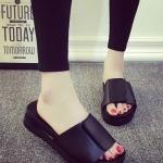 รองเท้าแตะผู้หญิงสีดำ แบบสวม เปิดส้น พื้นหนา นุ่มสบายเม้า แบบลำลอง แฟชั่นเกาหลี