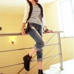 รองเท้าบู๊ทผู้หญิงสีดำ หัวกลม แบบผูกเชือก โชว์ลายเย็บ ส้นเตี้ย แฟชั่นเกาหลี