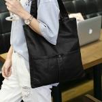 กระเป๋าสะพายข้างสีดำ หนังPU ผิวนิ่ม น้ำหนักเบา แบบสวมไหล่ วัยรุ่น เรียบง่ายดูดี แฟชั่นยุโรป