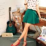 รองเท้าส้นแบนผู้หญิงสีแดง หุ้มส้น หัวแหลม หนังแก้ว มีเข็มขัดรัดข้อเท้า น่ารักสไตล์เกาหลี