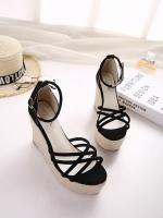 รองเท้าส้นเตารีดรัดส้น สีทูโทน (สีดำ)