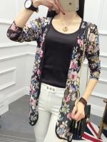 เสื้อคลุมแฟชั่น แขนสามส่วน ลายดอกไม้สีชมพู ฟ้า พื้นสีดำ