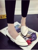 รองเท้าคัทชูแฟชั่นสีขาว หัวแหลม แบบสวม หนังPU ทรงทันสมัย เรียบง่าย ดูดี แฟชั่นเกาหลี