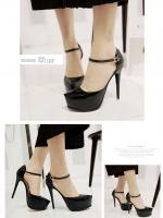 รองเท้าส้นสูงรัดส้น มีเข็มขัดรัดข้อเท้า (สีดำ)
