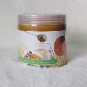 N Gold Nature เกลือสปาขัดผิวสูตร น้ำผึ้ง ขมิ้นชัน และมะขาม ช่วยบำรุงให้ผิวขาว เนียนนุ่ม ดูกระจ่างใส