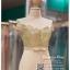 รหัส ชุดราตรี : PF144 ชุดราตรียาว สวยๆ พร้อมส่ง สีครีมทอง แบบมีแขนเปิดไหล่ โอบไหล่ ตัวเสื้อผ้ากลิตเตร์ กระโปรงผ้าชีฟอง ใส่ไปงานแต่งงาน งานกาล่าดินเนอร์ ชุดงานเลี้ยง ชุดพิธีกร งานพรอม งานบายเนียร์ สวยปังมาก thumbnail 3