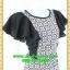 2543เสื้อผ้าคนอ้วน เสื้อผ้าแฟชั่นออกงาน คอกลมแต่งลายกราฟฟิค เล่นดีไซน์ระบายแขนหรูด้วยความลายของผ้าและสไตล์หวานที่พร้อมออกงาน thumbnail 2