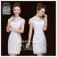 รหัส ชุดกี่เพ้า : BA226 ชุดกี่เพ้า แขนกุดสีขาว คอจีน ผ้าลูกไม้สวยๆ น่ารักๆ เหมาะยกน้ำชา ใส่ออกงานแต่งงาน งานหมั้น thumbnail 1