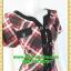 F2220ชุดเดรสทำงาน เสื้อผ้าคนอ้วนคอกลมแต่งแถบดำคู่หน้าผ้าไหมอิตาลี่เนื้อเบาลื่นพิมพ์ลายตารางมีกระดุมคู่หน้า กระโปรงทรงเอ สไตล์สุภาพเรียบร้อย thumbnail 2