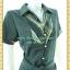 1914เสื้อผ้าคนอ้วน ชุดทำงานเขียวเข้มปกเชิ๊ตแต่งแถบลายด้านหน้าและแขนกระดุมหน้ากระโปรงทรงเอไซ้ส์ใหญ่สไตล์คล่องตัว thumbnail 3