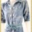 3140ชุดทํางาน เสื้อผ้าคนอ้วนผ้ายีนส์เนื้อหนาสีฟ้าวันแม่คอปกเชิ้ต แขนตุ๊กตา โชว์ด้ายขาวตัดทั้งชุดเพิ่มลวดลายเสริมด้วยกระดุมสวยงาม thumbnail 3