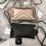 กระเป๋าแฟชั่น แบรนด์ PARFOIS Clutch bag with strap รุ่นหายาก มี 2 สี ดำ และ ทอง
