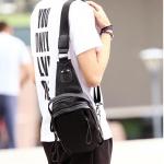 พร้อมส่งกระเป๋าผู้ชายคาดไหล่ แฟขั่นเกาหลี ใส่ ipad 7.9 นิ้ว รหัส Man-2090 สีดำ