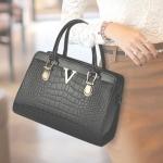 พร้อมส่งกระเป๋าถือและสะพายข้าง เช็ต 2 ใบ กระเป๋าหรูคุณนายแฟชั่นเกาหลี Sunny-679 สีดำ 1 เช็ต