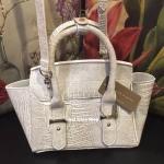 กระเป๋าแฟชั่น CHARLES & KEITH TRAPEZ CITY BAG 2016