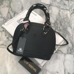 กระเป๋าแฟชั่น แบรนด์ KEEP รุ่น ultra office handbag with bear ทรง louis alma มี 2 สี ดำ กรม
