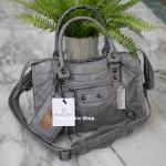 กระเป๋าแฟชั่น Massimo Dutti ทรง Balenciaga มี 2 สี ดำ เทา