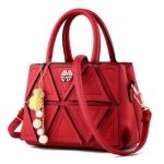 พร้อมส่ง กระเป๋าผู้หญิงถือและสะพายข้าง แฟชั่นสไตล์เกาหลี รหัส KO-165 สีไวน์แดง
