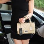 กระเป๋าสะพายข้างสีครีม จากแบรนด์KEEP รุ่นKEEP-shoulder สวยหรู ป้ายห้อยหนังของแบรนด์ของแท้ ถุงผ้าแบรนด์ของแท้ ราคาในshop3990